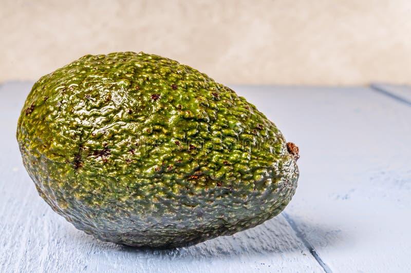 Gehele verse avocado, stock foto's