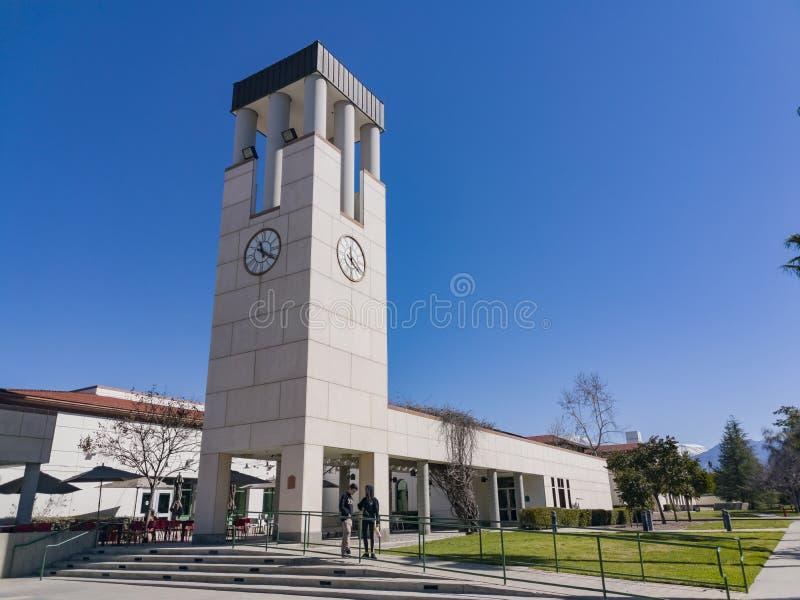Gehen in die Universität von Redlands stockfoto