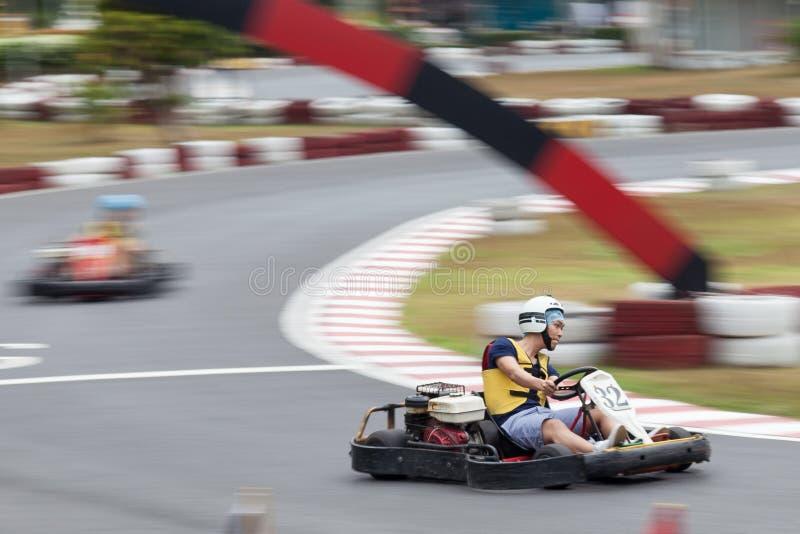 Gehen Kart Laufen lizenzfreies stockbild