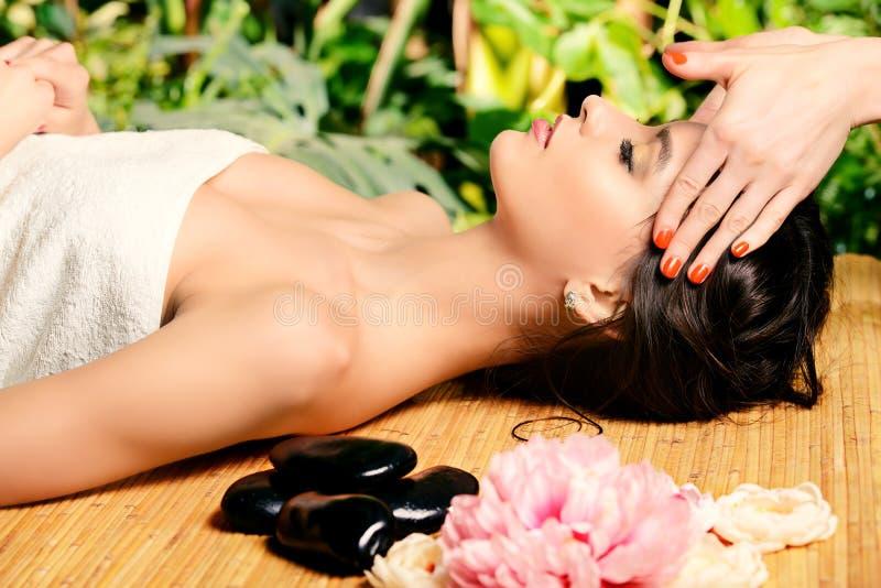 Gehen Sie Massage voran stockbilder