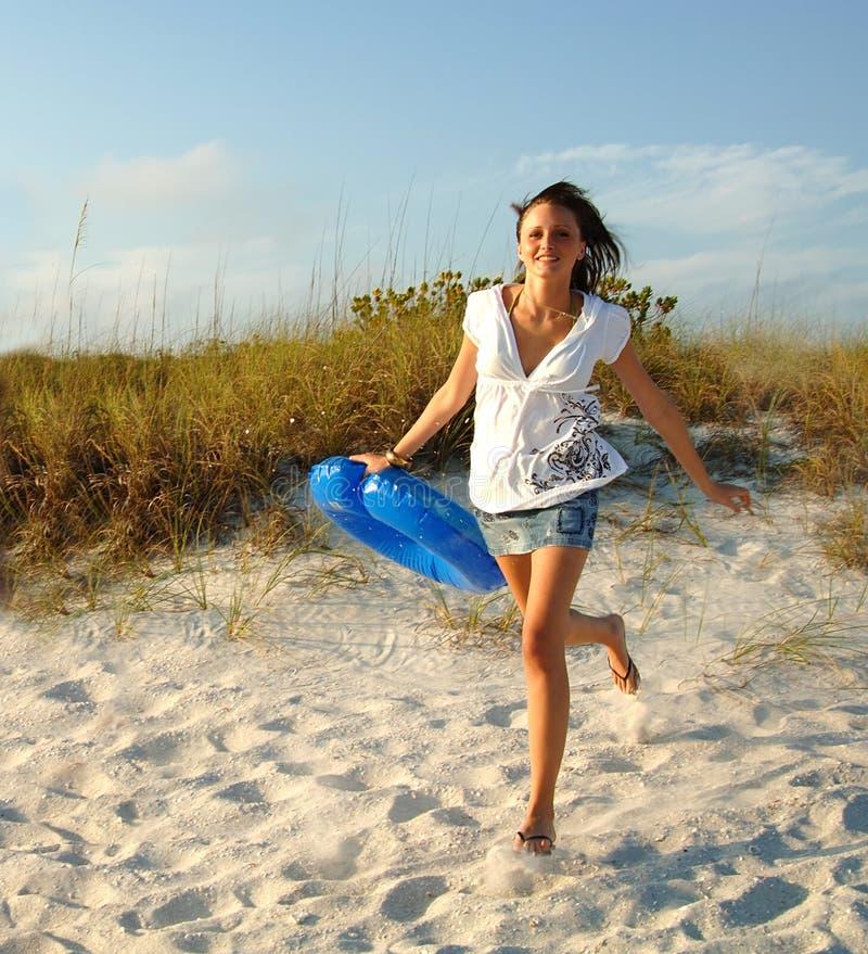 Gehen zum Strand lizenzfreies stockfoto
