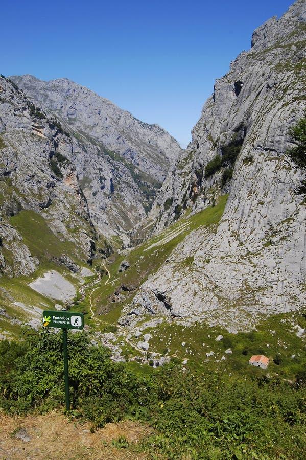 Gehender Weg in Asturias lizenzfreie stockfotografie