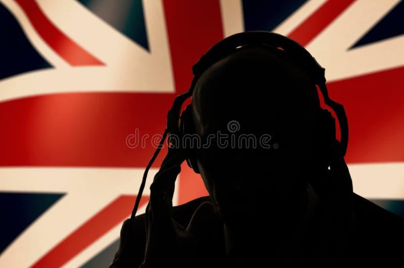 GehGehGehGehGehGehGehGehGeheimagent hört die Unterhaltung, ein englischer Spion und scout stockfotos