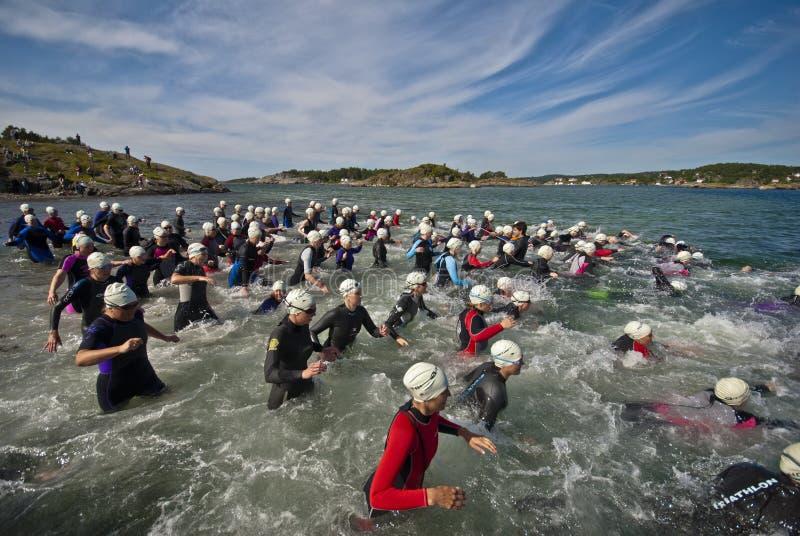Gehobener Triathlon lizenzfreies stockbild