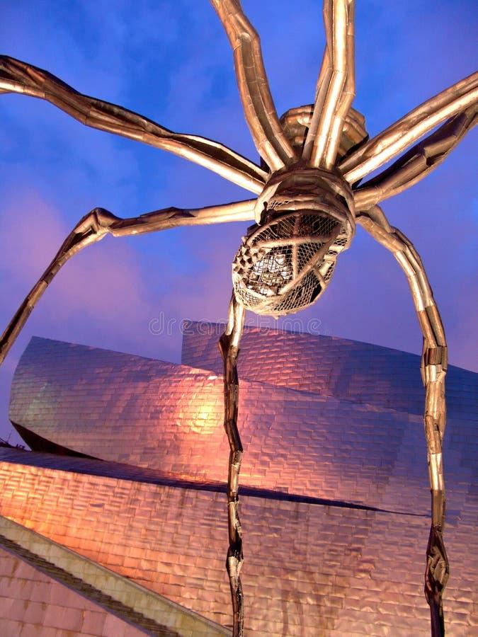 Gehry spindel för Bilbao guggenheimmuseum royaltyfri fotografi