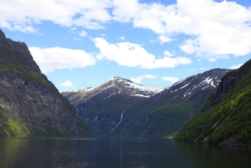 Geiranger Fjord lizenzfreies stockbild