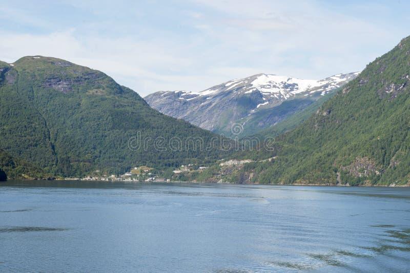 Geirangerfjord - berühmtes Naturdenkmal in Norwegen stockfotos