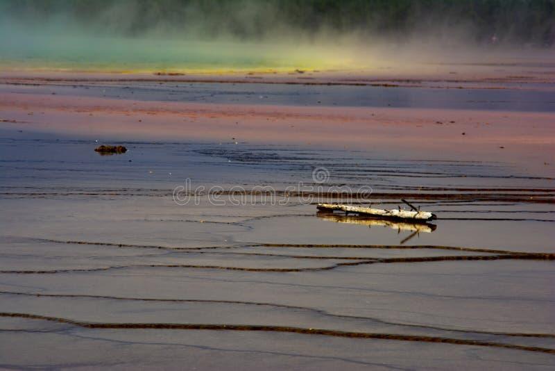 Geiser 3 van het Yellowstone Nationale Park stock afbeeldingen