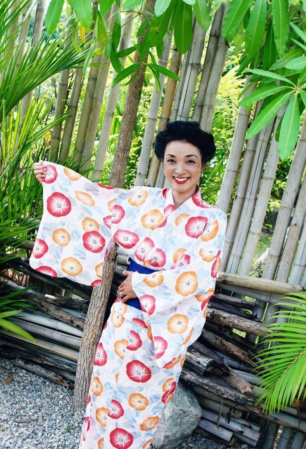 Download Geisha photo stock. Image du heureux, asie, beau, mode - 8651020