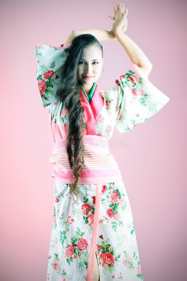 Geisha di Dancing fotografia stock libera da diritti
