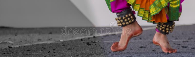 Gejje: Dança clássica indiana sul Bharatanatyam imagem de stock