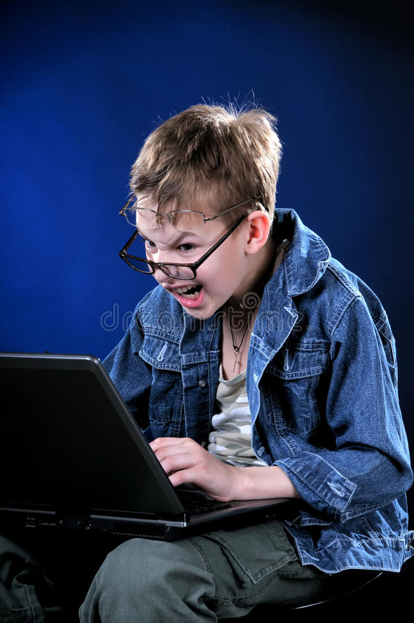 Gekke Jonge Gamer stock foto