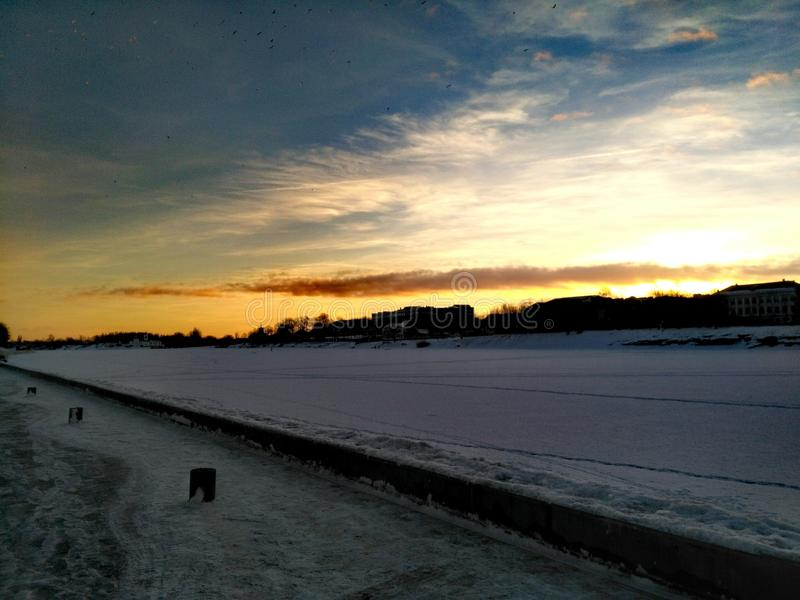 Gekke zonsondergang stock foto