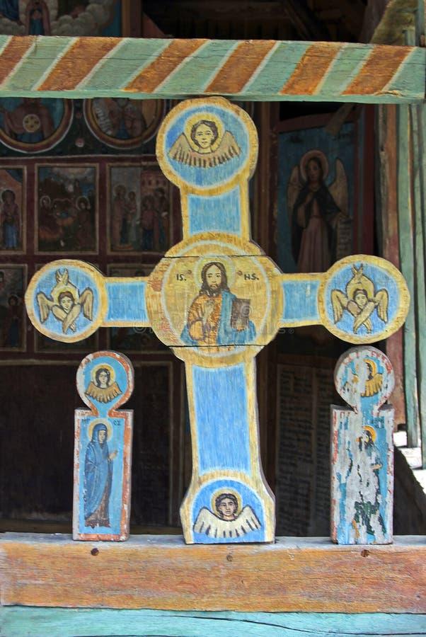 Gekleurd houten kruis royalty-vrije stock afbeelding