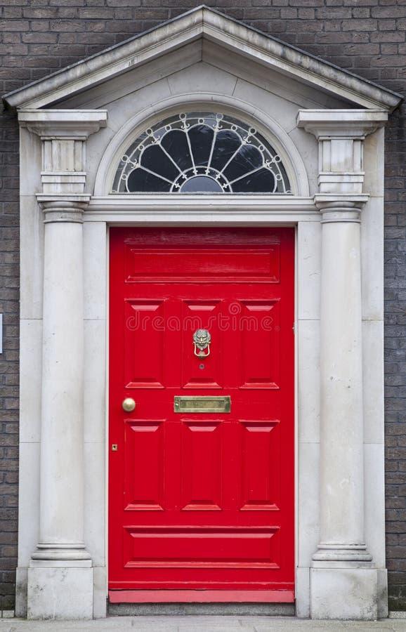 Gekleurde deur in Dublin van Georgische tijden (18de eeuw) royalty-vrije stock afbeelding