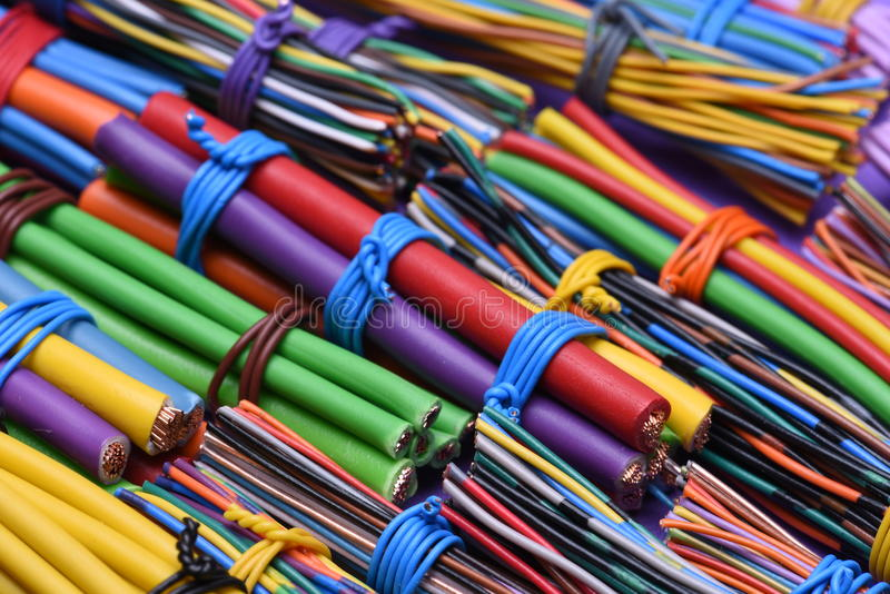 Gekleurde elektrische kabelsclose-up royalty-vrije stock foto's