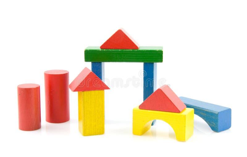Gekleurde houten bouwstenen stock afbeelding