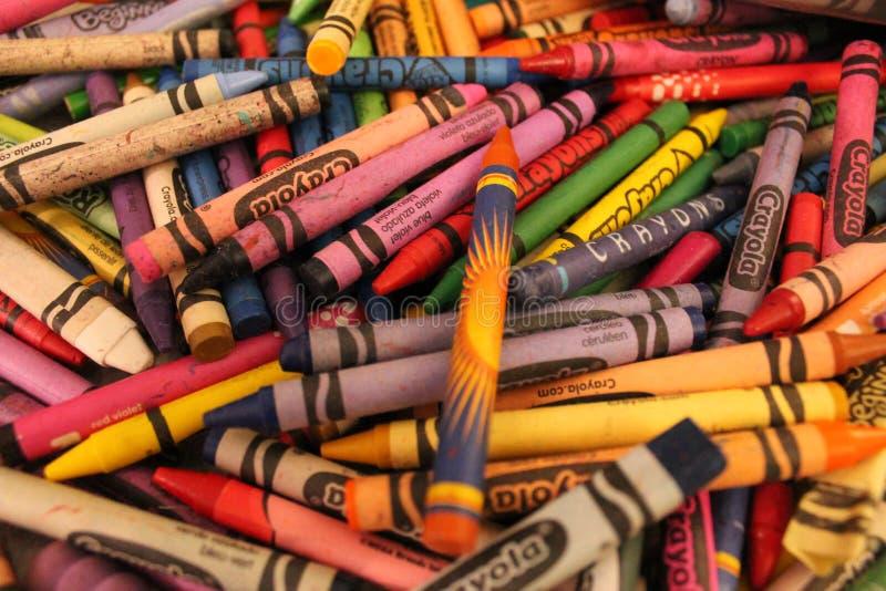 Gekleurde kleurpotloden royalty-vrije stock afbeelding