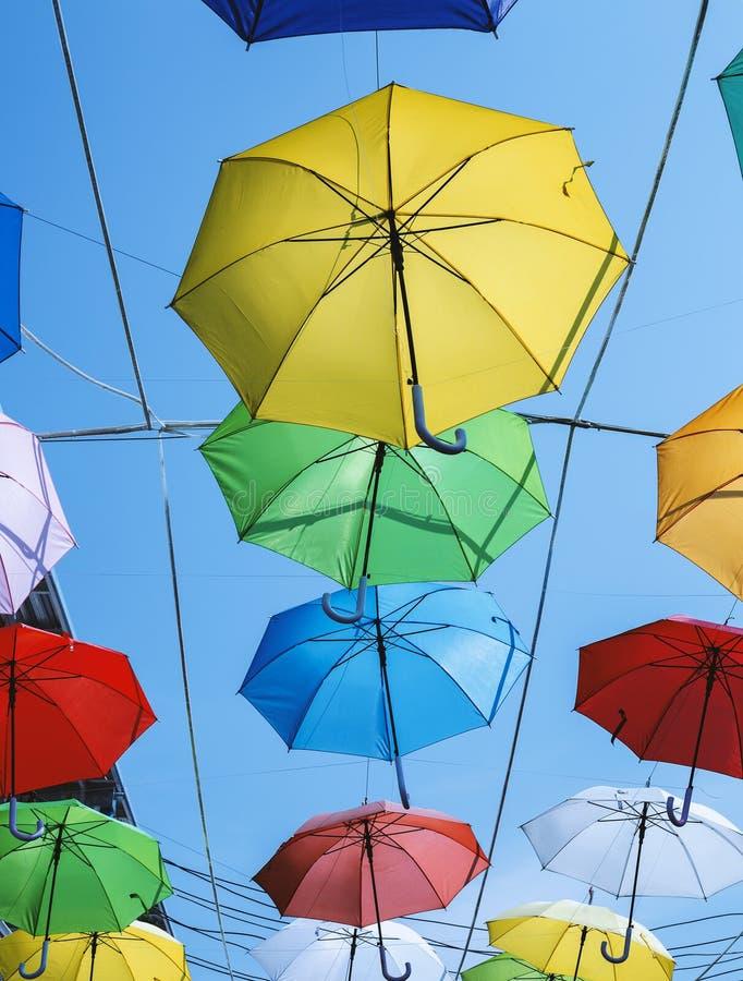 Gekleurde paraplu's royalty-vrije stock fotografie