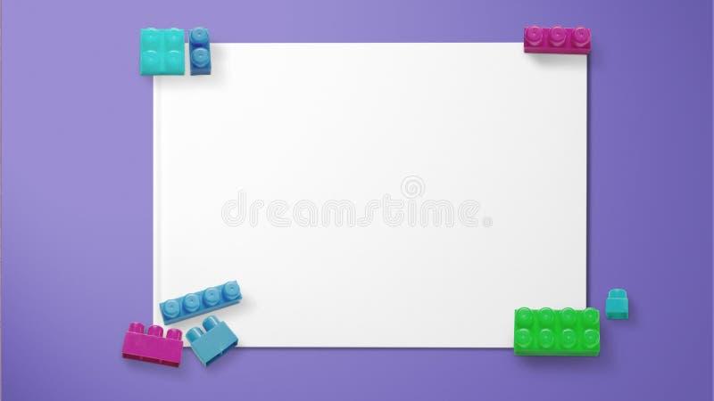 Gekleurde stuk speelgoed bakstenen op papier op purpere achtergrond royalty-vrije stock afbeeldingen