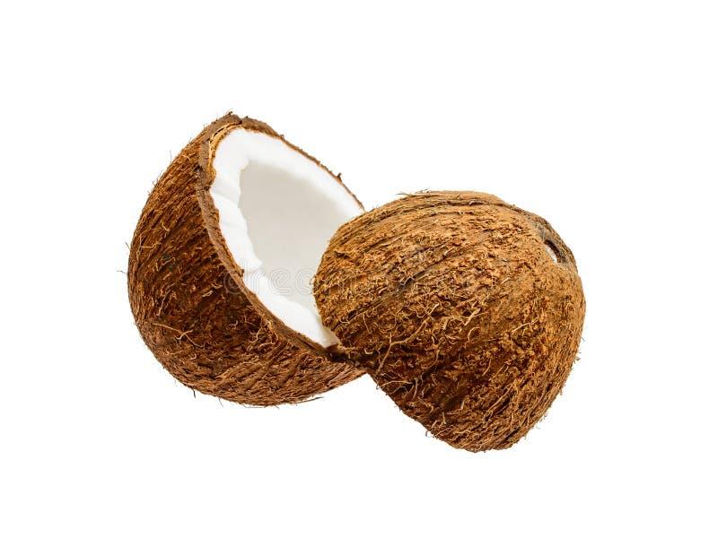 Geknackte Kokosnuss-exotische Frucht lokalisiert auf Weiß lizenzfreie stockfotografie
