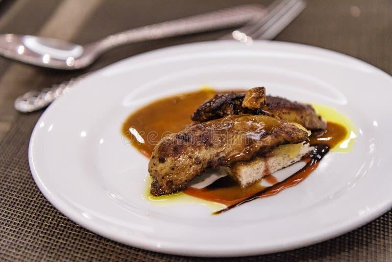 Gekochte foie gras stockfotos