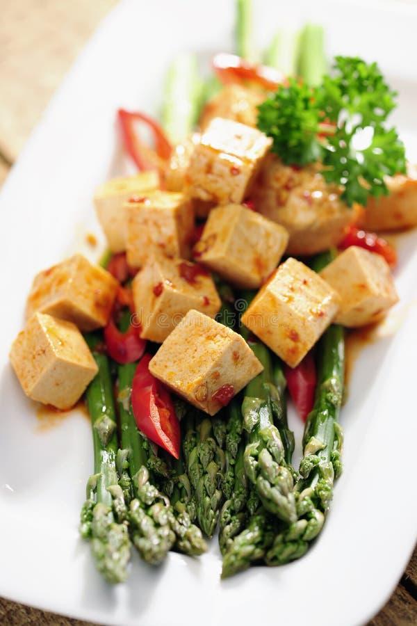 Voedsel: Gekookte Asperge en gemarineerde Tofu royalty-vrije stock foto's