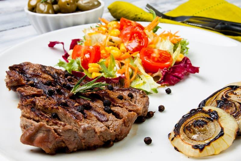 Gekookte besnoeiing van vlees stock foto