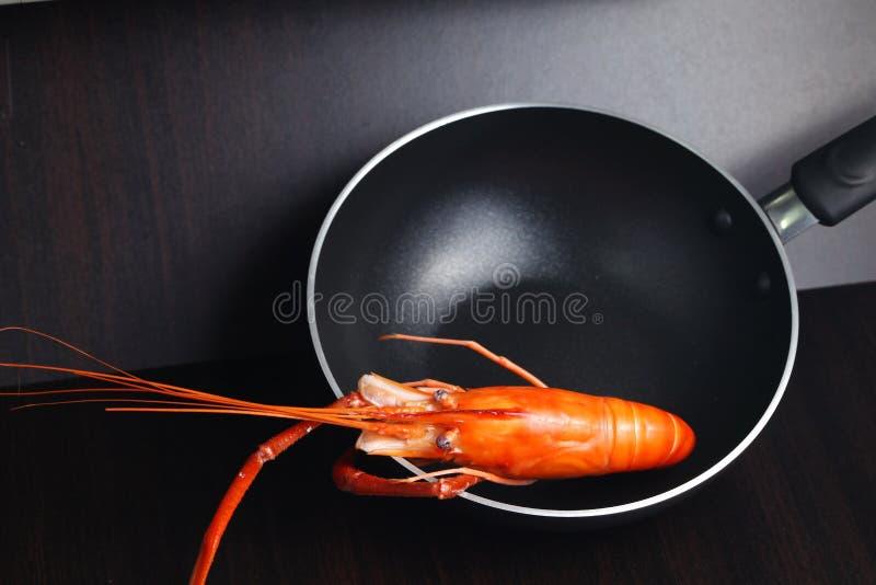 Gekookte garnalenscène stock afbeeldingen
