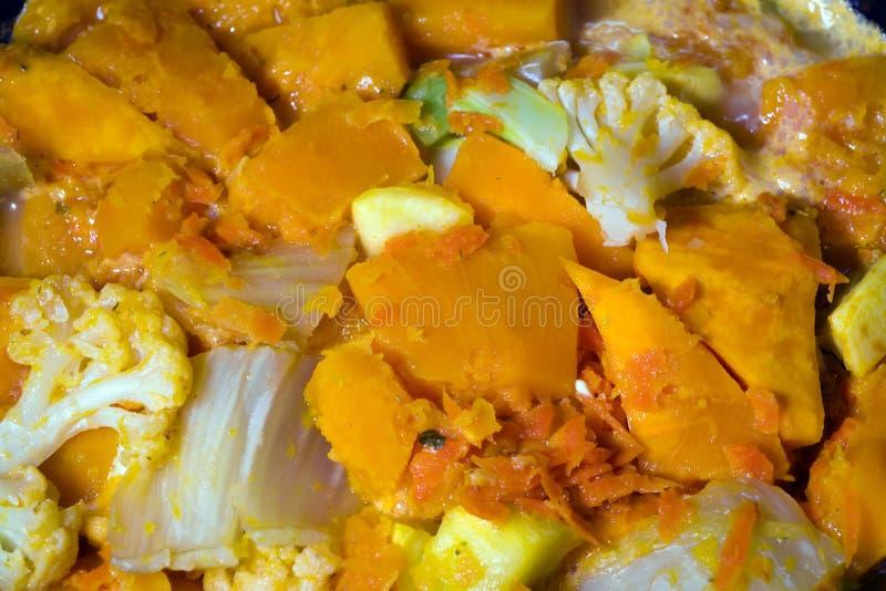 Gekookte organische van de de wortelui van de groentenkool de pompoenpompoen stock fotografie