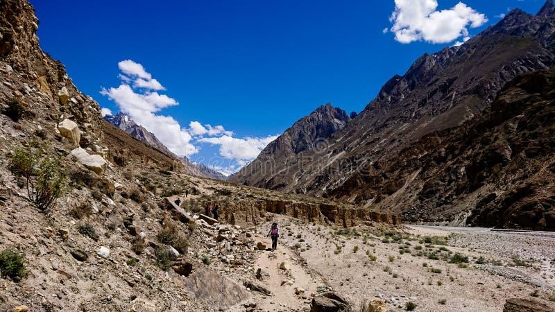 Gelände des Trekkings K2 Hinter, Karakoram-Strecke, Pakistan, Asien lizenzfreie stockbilder