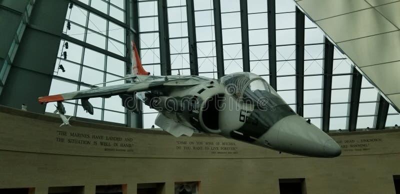 Gel?ndel?ufer Marine Corps McDonnell Douglass AV-8B stockfotos