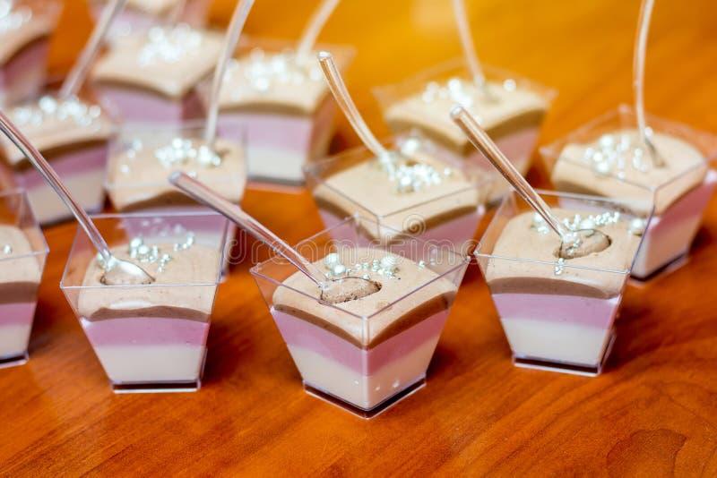 Gelée multicolore - dessert merveilleux pendant la célébration de b images stock