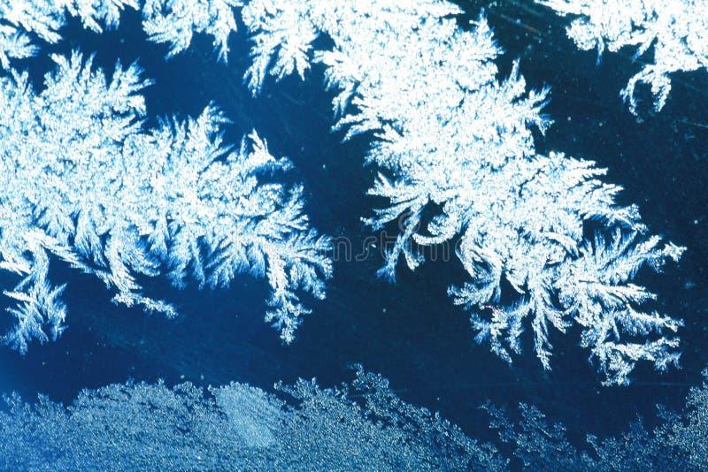 Gel de glace sur la fenêtre images libres de droits