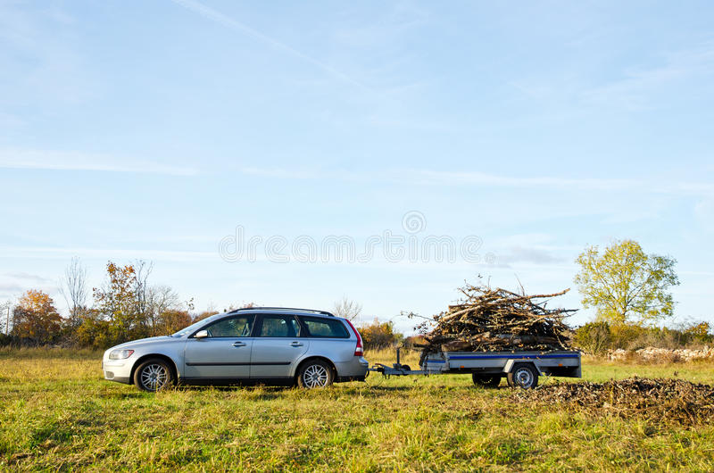 Geladen aanhangwagen stock foto's