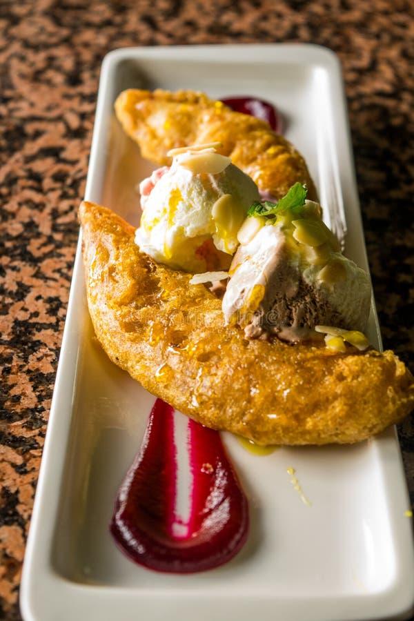 Gelado do tempura da banana imagem de stock royalty free