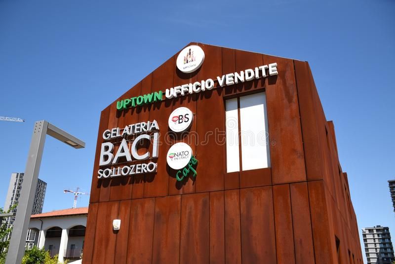 Gelateria Baci heladería Sottozero en el nuevo distrito del Uptown Milan fotos de archivo