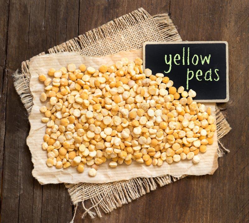 Gelbe Erbsen stockfoto