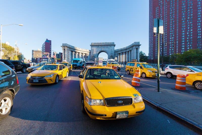 Gelbe Fahrerhäuser in Manhattan, NYC lizenzfreie stockbilder