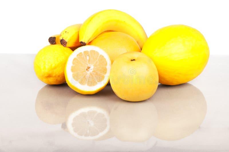 Gelbe Früchte stockfotografie