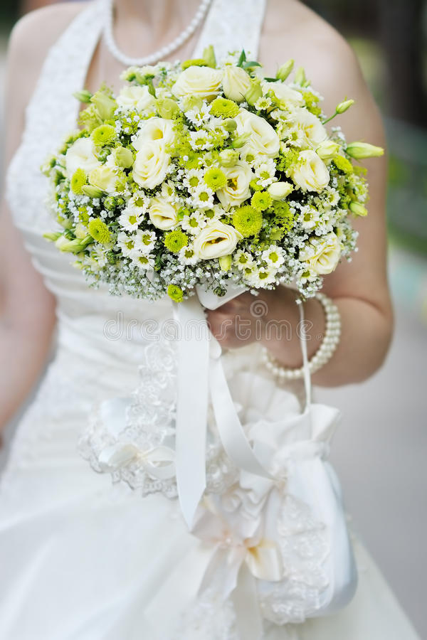 Gelbe Hochzeit blüht Blumenstrauß stockbilder