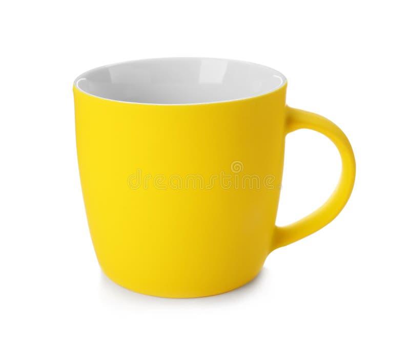 Gelbe keramische Schale lokalisiert lizenzfreie stockfotos