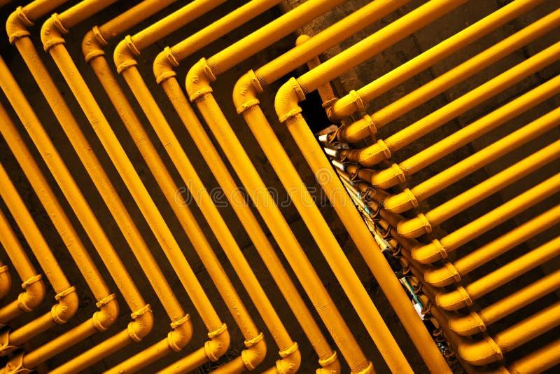 Gelbe Rohre lizenzfreie stockfotografie