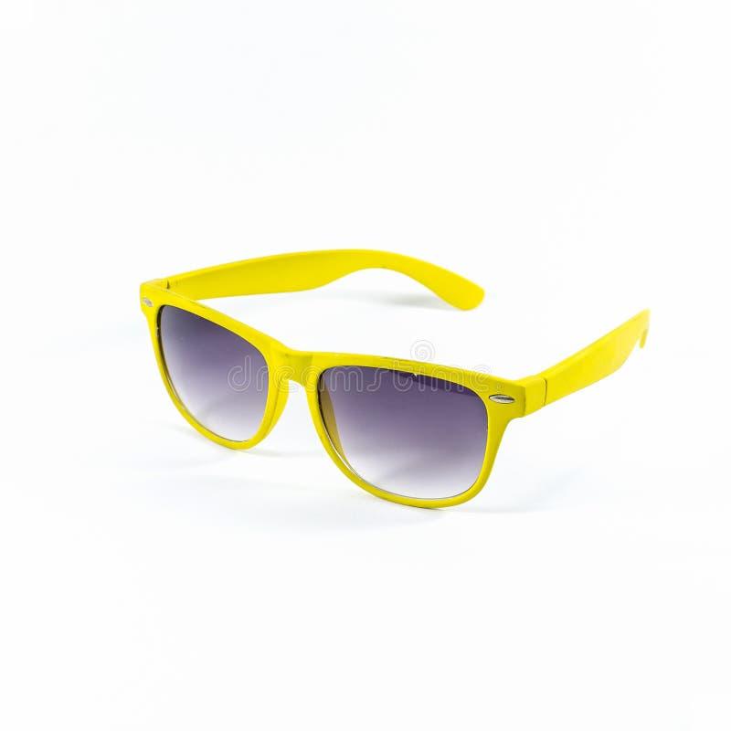 Gelbe Sonnenbrille lokalisiert stockbilder