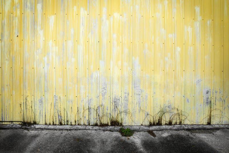 Gelbe Wand stockbild