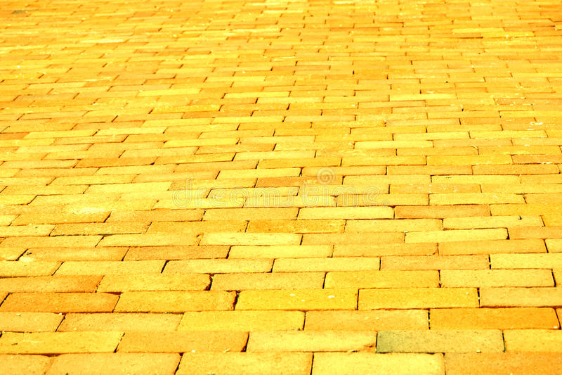 Gelbe Ziegelstein-Straße stockbild