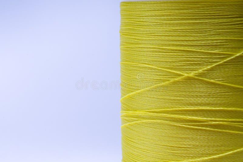 Gelber Faden stockbild