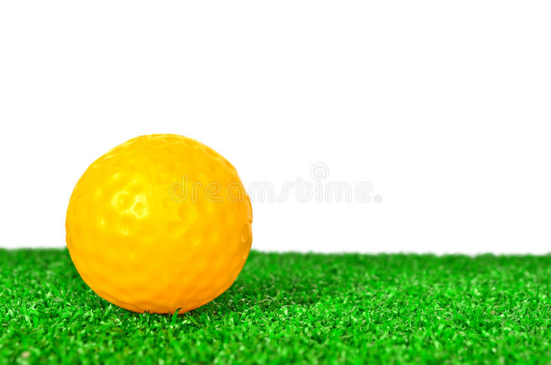 Gelber Golfball stockfotos