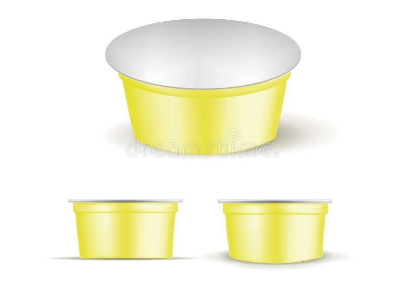 Gelber leerer Plastikbehälter für Jogurt Verpacken f?r Sahne und So?e stock abbildung