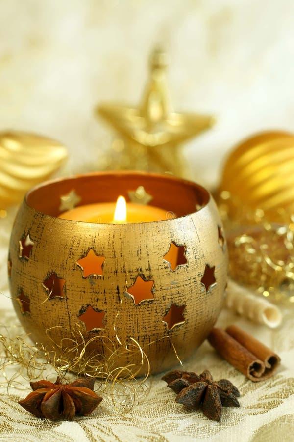 Gelber Weihnachtshintergrund. stockfotografie